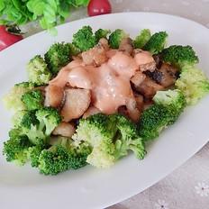 花菜鱼丁沙拉
