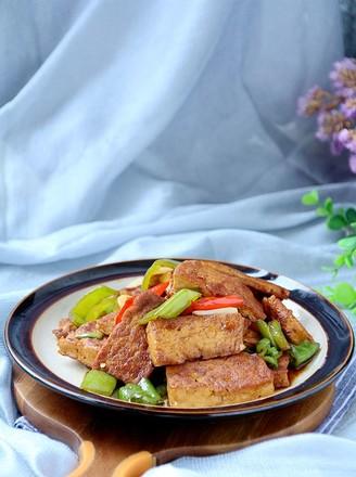 辣椒焖豆腐的做法