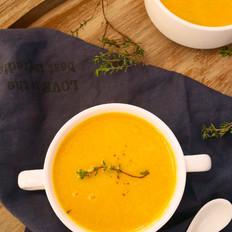 百里香奶油南瓜浓汤