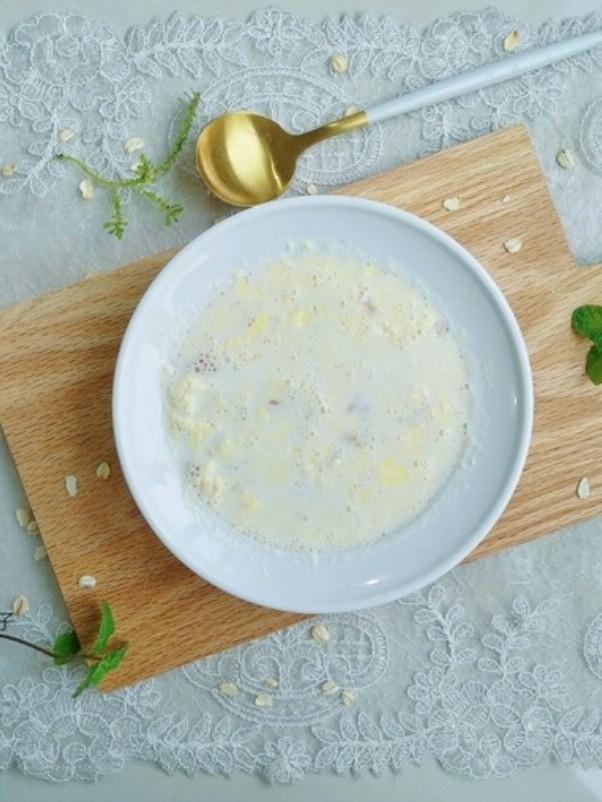 雞蛋牛奶燕麥粥