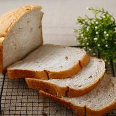 面包机做面包的方法—法式核桃吐司