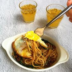 香菇肉酱炒意面#早餐#