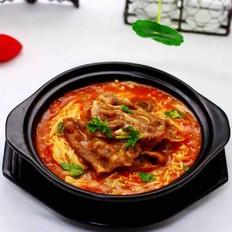 【红红火火】的金针菇酸汤肥牛卷