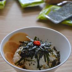海苔酸萝卜拌饭
