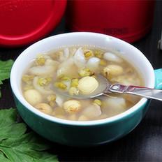 绿豆百合薏米粥(养颜祛痘)