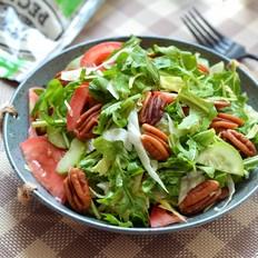 碧根果蔬菜沙拉