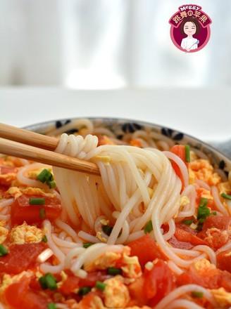 番茄鸡蛋米粉的做法