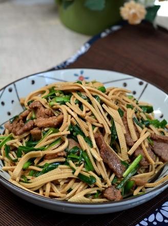 牛肉韭菜豆腐丝的做法