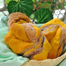 南瓜紫薯豆沙面包卷