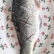紫苏烧鲤鱼