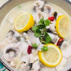 柠檬鱼片汤