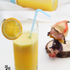 夏日宝宝也可以喝的---橙汁