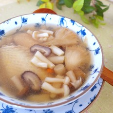 大寒季节,来一碗菌汤吧