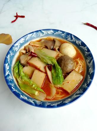 麻辣热汤面的做法