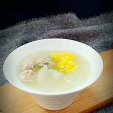 冬瓜烧肉丸玉米汤