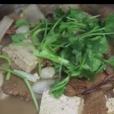 正宗猪肉白菜炖粉条,好吃就要这样做!五珍粉暖胃早餐组合!