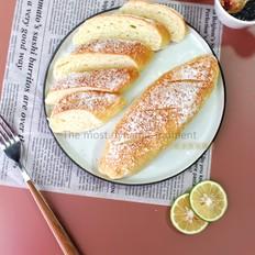 白桃奶油哈斯面包