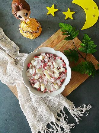 黑椒牛肉肠水果沙拉的做法