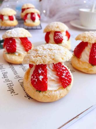 草莓夹心奶油泡芙的做法