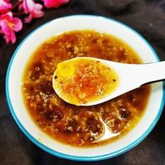 桃胶藜麦粥