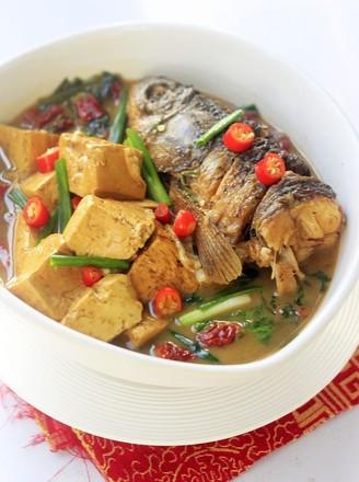 豆腐炖鱼头的做法