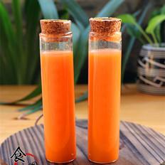 青提胡萝卜汁