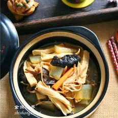 木耳黄花菜煲腐竹