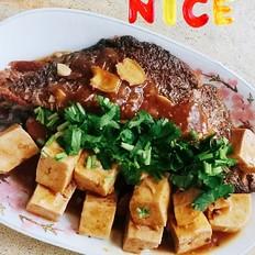 老豆腐烧大黄鱼