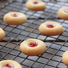 【草莓酱饼干】