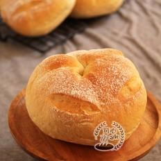 健康柔软的葡萄干全麦包(中种)