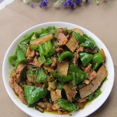 青椒豆干炒肉