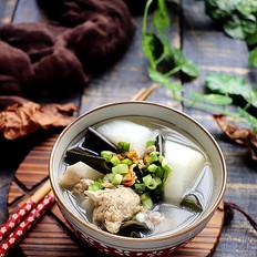 淡菜海带萝卜汤