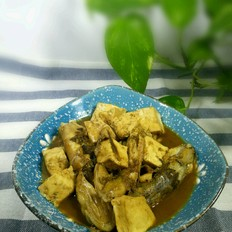 海鲶鱼炖豆腐