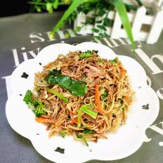 凉拌肉丝黄花菜