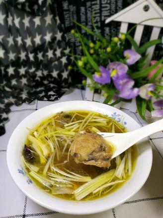 黄鱼紫菜汤的做法