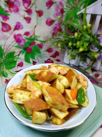 虾仁炒发面饼的做法