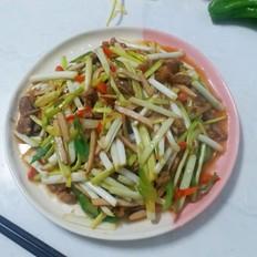 蒜黄炒肉丝