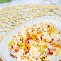 火腿肠玉米炒饭