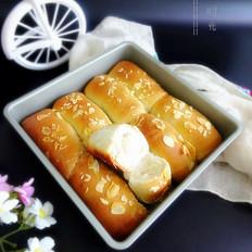 蜂蜜牛奶面包卷