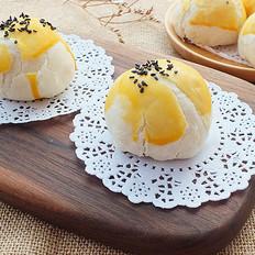 教你做酥的掉渣的蛋黄酥
