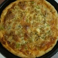 鲜虾牛肉双拼披萨