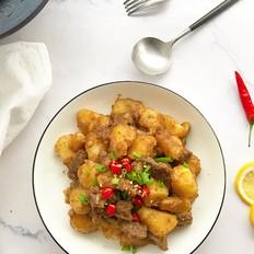 牛肉焖土豆