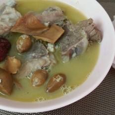外婆靓汤----白果炖猪脊骨汤