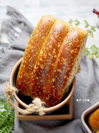 黑芝麻面包条---又香又软超级好吃的做法