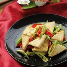 双椒炒臭豆腐