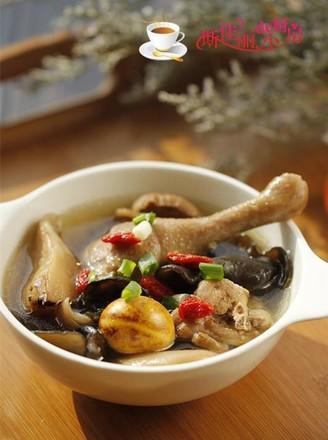 香菇木耳鸡汤的做法