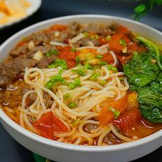 番茄牛肉煮米粉