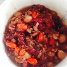 枸杞红豆红米花生粥