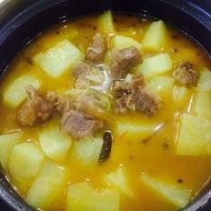 牛腱子炖土豆