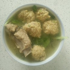 排骨小白菜丸子汤